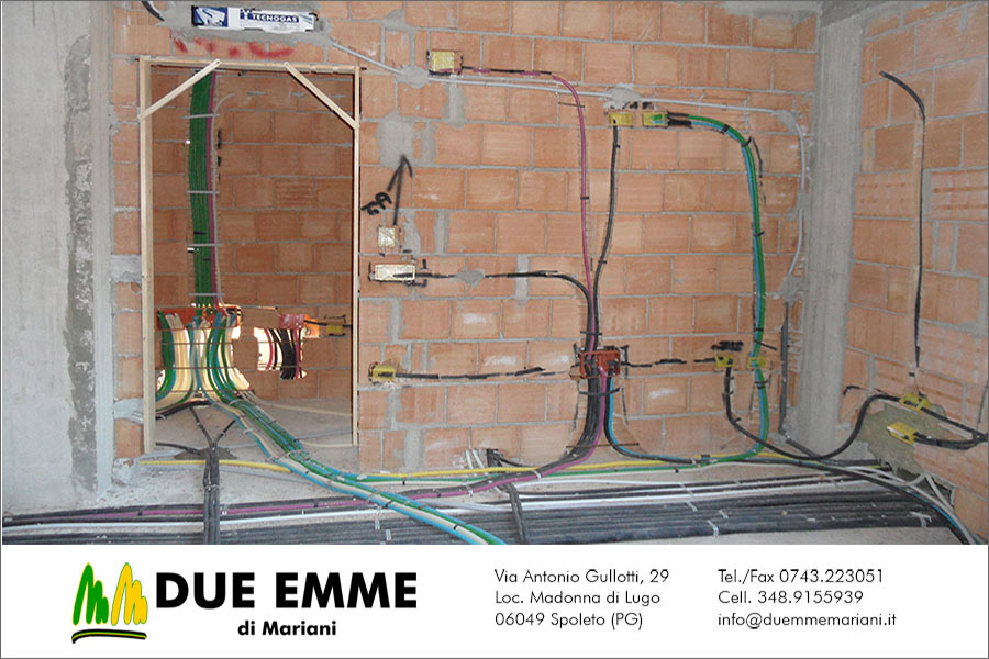 impianti-elettrici-cantieristica-corrugati-tracce-muratura